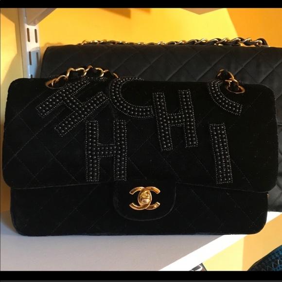 5421028370ea CHANEL Handbags - Authentic Chanel Velvet Pearl Embroidery Bag